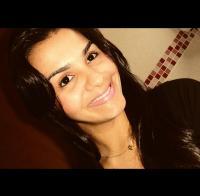 Viviane Santos Ara�jo