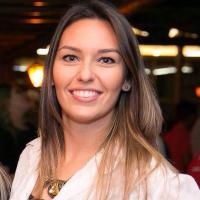 Laura Maria Medeiros