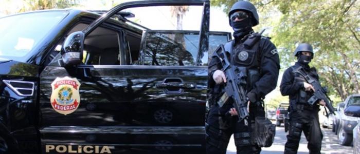 Policia Federal recebeu informa��es de Twitter e Facebook para prender 'terroristas'