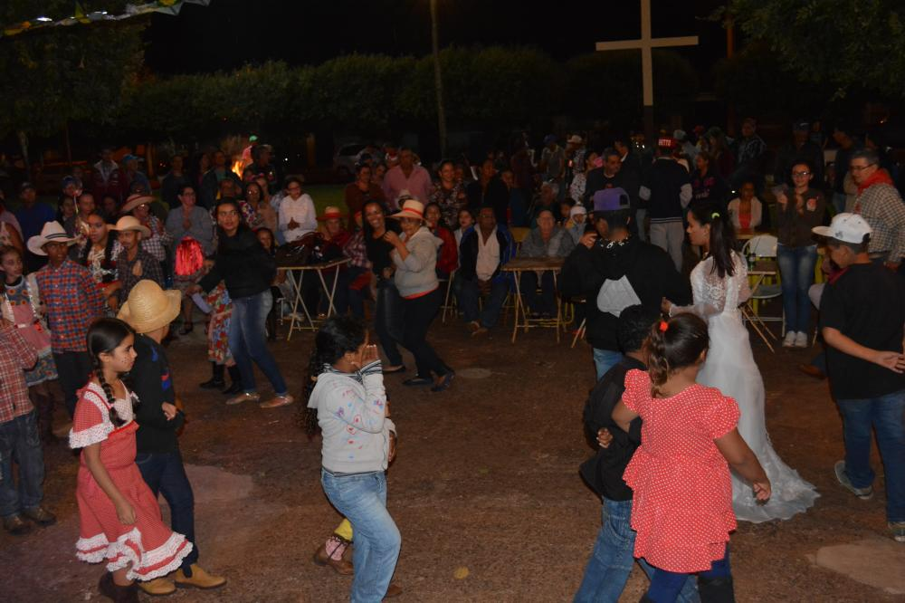 Festa julina em Duplo-c�u