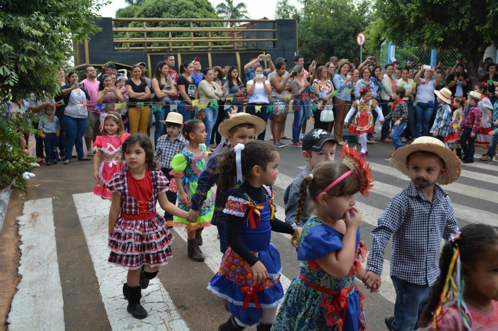 Festa Junina da Escola Aniderci Soares Vieira