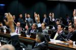 POLÍTICA: PEC do Teto é aprovada na Comissão de Constituição e Justiça do Senado