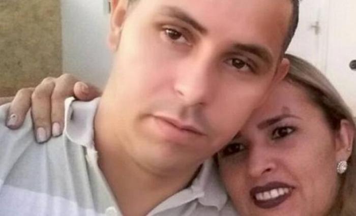 Homem brinca com arma de fogo e acaba matando a esposa
