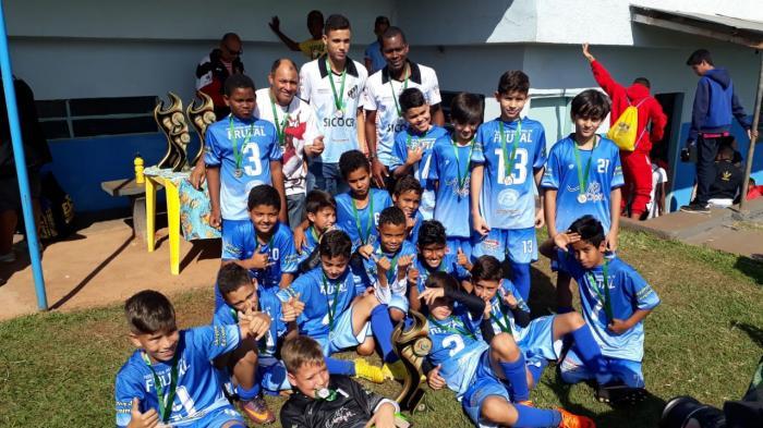 Os mineirinhos foram os campeões da categoria Sub -11 da Copa Três Rios