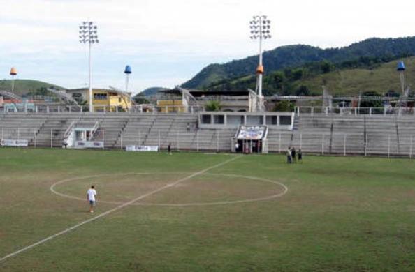 Um record de jogos sem a bola rolar no futebol carioca