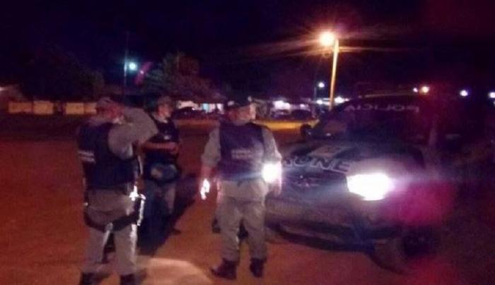 Quadrilha invade sítio em José de Freitas, espanca caseiro e rouba dinheiro e armas