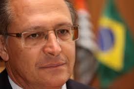Governador de SP decide defender produ��o e fornecimento de subst�ncia usada no tratamento contra o c�ncer