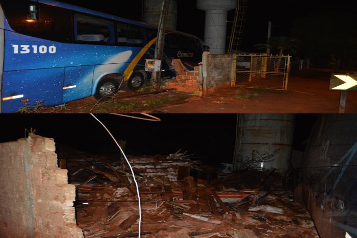 Ônibus desgovernado destrói casas em Jurupeba